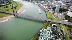 Ansicht von Dusseldorf von der Höhe des Vogelfluges stock video
