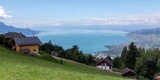 Ansicht von einem Berg auf See Leman lizenzfreie stockfotografie