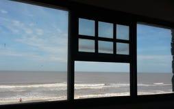 Ansicht von einem Fenster Lizenzfreie Stockfotos