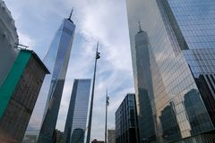 Ansicht von einem World Trade Center-Wolkenkratzer Lizenzfreies Stockfoto