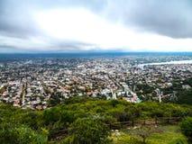 Ansicht von einer großen Höhe einer Stadt lizenzfreies stockbild