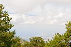 Ansicht von einer Klippe auf dem Meer Stockbilder