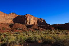 Ansicht von erstaunlichen Sandsteinformationen im Monument-Tal, Arizona stockbilder