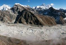 Ansicht von Everest vom gokyo ri stockfotos