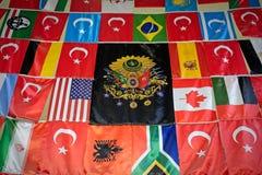 Ansicht von Flaggen im großartigen Basar in Istanbul Lizenzfreie Stockbilder