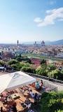Ansicht von Florenz, Italien, von einem Gipfelcafé lizenzfreies stockbild