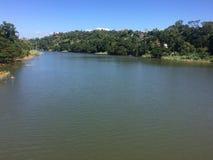 Ansicht von Fluss stockbilder