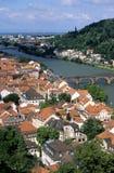 Ansicht von Fluss Neckar und von Stadt von Heidelberg Lizenzfreie Stockbilder