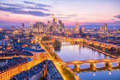 Ansicht von Frankfurt-Stadtskylinen in Deutschland lizenzfreie stockfotografie