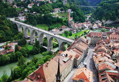 Ansicht von Fribourg von oben Stockbilder