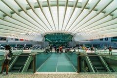Ansicht von Gare tun Station Oriente Lissabon Oriente in Richtung zu Vasco da Gama Shopping Center Mall Stockbild