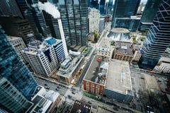 Ansicht von Gebäuden entlang Simcoe Straße und Adelaide Street, tun herein Lizenzfreies Stockfoto