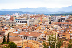 Ansicht von Girona am bewölkten Tag Stockfotos
