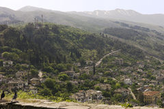 Ansicht von Gjirokaster vom Schloss, Albanien Lizenzfreie Stockfotos