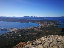 Ansicht von Golfo Aranci von Monte Ruju in Sardinien Lizenzfreie Stockfotografie