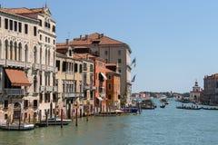 Ansicht von Grand Canal von Accademia-Brücke in Venedig, Italien Stockfotografie