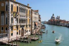 Ansicht von Grand Canal von Accademia-Brücke in Venedig, Italien Stockfoto