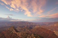 Ansicht von Grand Canyon am Sonnenuntergang Lizenzfreie Stockbilder