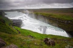 Ansicht von Gullfoss-Wasserfall, Island-Sommer Lizenzfreies Stockfoto