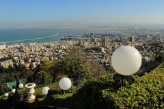 Ansicht von Haifa von Bahai-Gärten israel Lizenzfreies Stockfoto