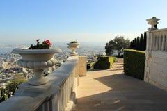 Ansicht von Haifa von Bahai-Gärten israel Lizenzfreies Stockbild