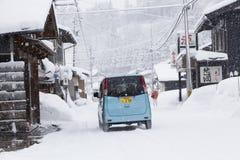 Ansicht von Hatotani-Dorf in der Winterzeit nahe Shirakawa gehen Lizenzfreie Stockfotos