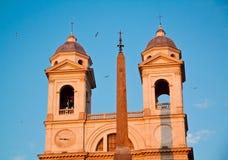 Ansicht von historischen Gebäuden in Rom, Italien Lit mit einem Sonnenuntergang L Lizenzfreies Stockfoto