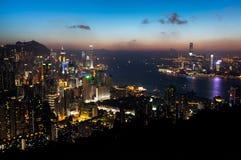 Ansicht von Hong Kong Island und von Victoria Harbour bei Sonnenuntergang Stockbild