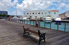 Ansicht von im Stadtzentrum gelegenem Bridgetown, von Hauptstadt und größten Stadt in Barbados stockbilder