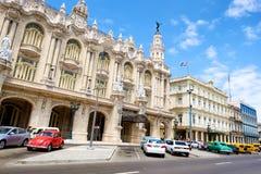 Ansicht von im Stadtzentrum gelegenem Havana mit Blick auf das große Theater und ho Lizenzfreie Stockfotografie