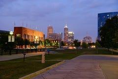 Ansicht von im Stadtzentrum gelegenem Indianapolis Stockfotos