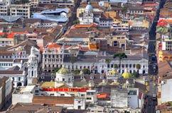 Ansicht von im Stadtzentrum gelegenem Quito Lizenzfreie Stockfotografie