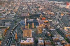 Ansicht von im Stadtzentrum gelegenen Seattle-Skylinen Lizenzfreie Stockbilder