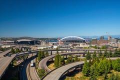 Ansicht von im Stadtzentrum gelegenen Seattle-Skylinen Lizenzfreies Stockbild