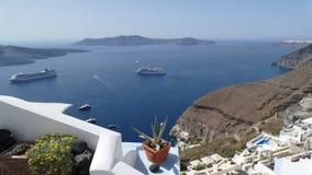Ansicht von Inseln von Fira, Santorini, Griechenland lizenzfreies stockbild