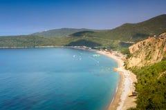 Ansicht von Jaz Beach nahe Budva, Montenegro Stockfotografie