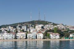 Ansicht von Kinaliada-Insel vom Marmarameer, nahe Istanbul, die Türkei Lizenzfreie Stockfotografie