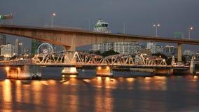 Ansicht von Krungthep-Brücke in Bangkok Stockbild