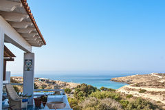 Ansicht von Lampedusa-Meer durch Balkon lizenzfreie stockfotografie