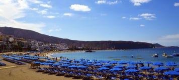 Ansicht von Las Amerika setzen in Süd-Teneriffa, Kanarische Inseln, Spanien auf den Strand Lizenzfreie Stockbilder