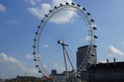 Ansicht von London-Auge Stockfotografie