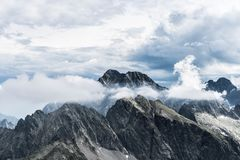 Ansicht von Mala Vysoka-Gipfel lizenzfreie stockfotografie
