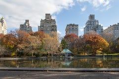 Ansicht von Manhttan-Gebäuden vom Central Park, New York Stockfotos