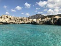 Ansicht von Manolis Bay, Zypern lizenzfreie stockfotos