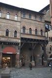 Ansicht von Marktplatz della Mercanzia lizenzfreie stockfotos