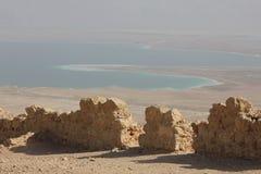 Ansicht von Masada zum Toten Meer Stockfotografie