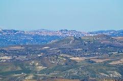 Ansicht von Mazzarino einer schönen sizilianischen Landschaft, Caltanissetta, Italien, Europa stockfoto