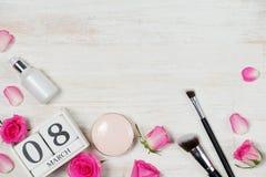 Ansicht von oben genanntem mit Kopienraum Hintergrund für Frauentag, am 8. März Lizenzfreie Stockfotografie