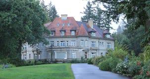 Ansicht von Pittock-Villa in Portland, Oregon 4K stock video footage