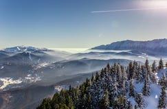 Ansicht von Postavarul-Spitze, Brasov, Siebenbürgen, Rumänien lizenzfreie stockfotos